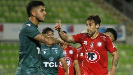 La magia se hizo presente: Jorge Valdivia anotó en el triunfo de La Calera sobre S. Wanderers