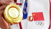 COI pidió explicaciones a China por atletas que exhibieron insignias de Mao Zedong